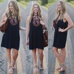 Anthropologie Thml ronnie embroidered dress